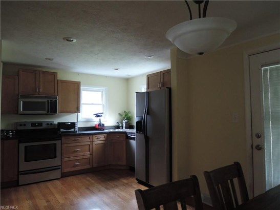 5836 Circle Dr, Mayfield Heights, OH - USA (photo 4)