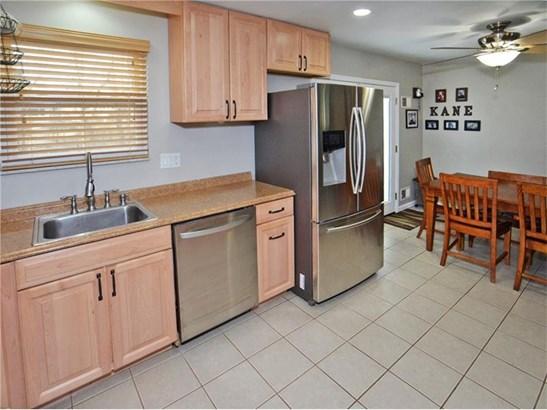 593 Lorraine Rd, Braddock Hills, PA - USA (photo 3)