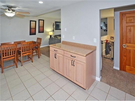 593 Lorraine Rd, Braddock Hills, PA - USA (photo 4)