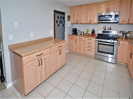 593 Lorraine Rd, Braddock Hills, PA - USA (photo 5)