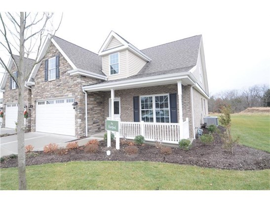 4132 Lillyvue Ct.  Gables, Mars, PA - USA (photo 2)