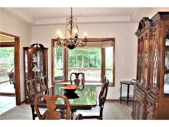 Boasts a Bay Window and Fabulous Chandelier (photo 5)