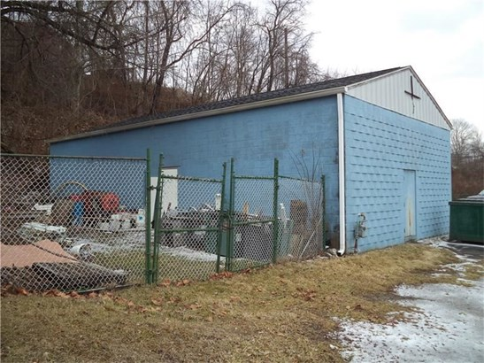 3909 Walnut St, Mckeesport, PA - USA (photo 4)