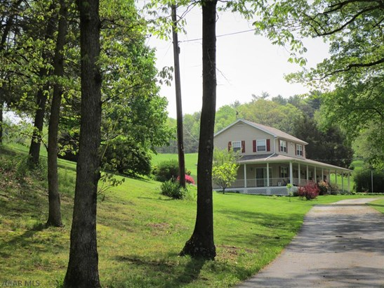 1692 Cherry Lane, Clearville, PA - USA (photo 2)
