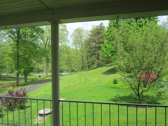 1692 Cherry Lane, Clearville, PA - USA (photo 4)