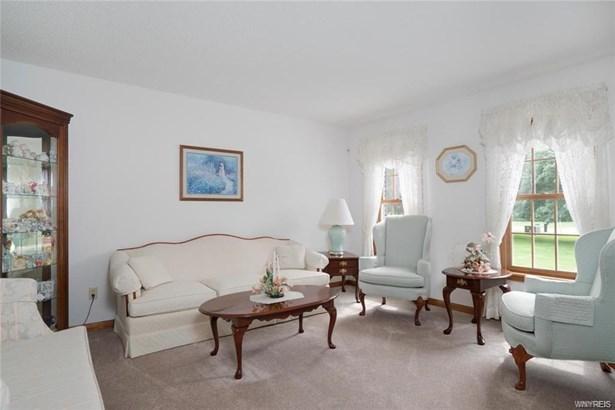 191 Tiffany Lane, Elma, NY - USA (photo 5)