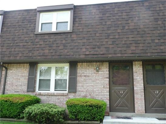 1685 Brodhead Rd 11, Carpolis, PA - USA (photo 1)