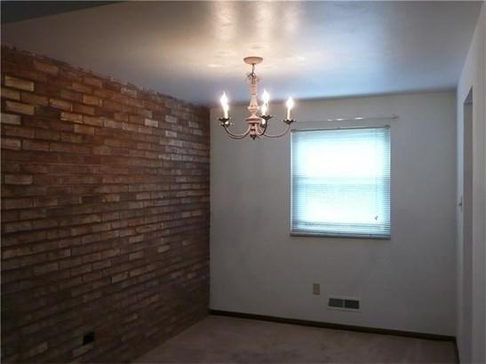 1685 Brodhead Rd 11, Carpolis, PA - USA (photo 5)
