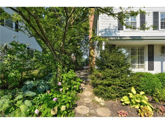 3972 Idlewild Dr, Rocky River, OH - USA (photo 3)