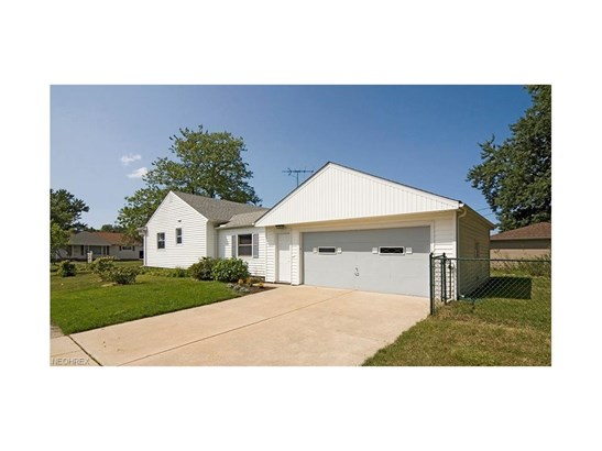 1787 Bellingham Rd, Mayfield Heights, OH - USA (photo 5)