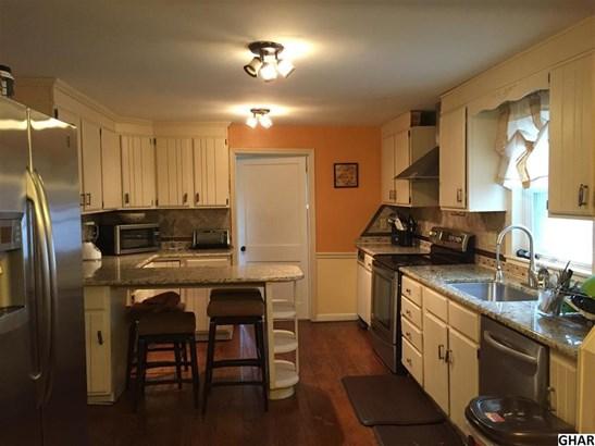 28 East Locust St, Mechanicsburg, PA - USA (photo 2)