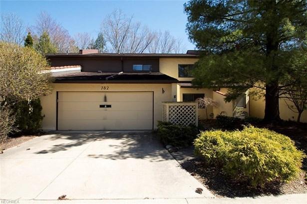 782 Hampton Ridge Dr, Akron, OH - USA (photo 1)