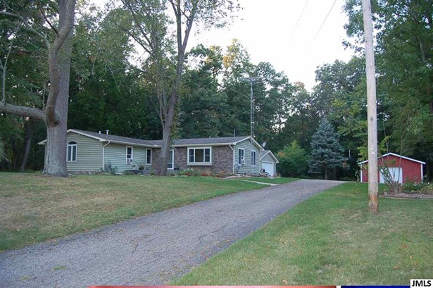 6740 Folks Rd, Horton, MI - USA (photo 1)