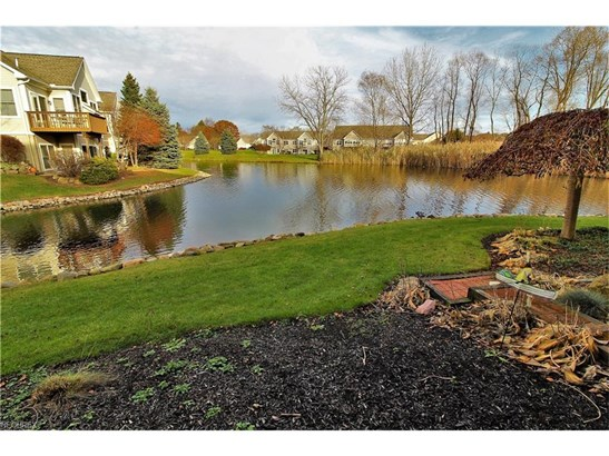 875 Stonewater Dr, Kent, OH - USA (photo 4)