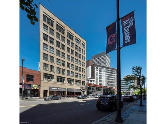 750 Prospect E Ave 801, Cleveland, OH - USA (photo 1)