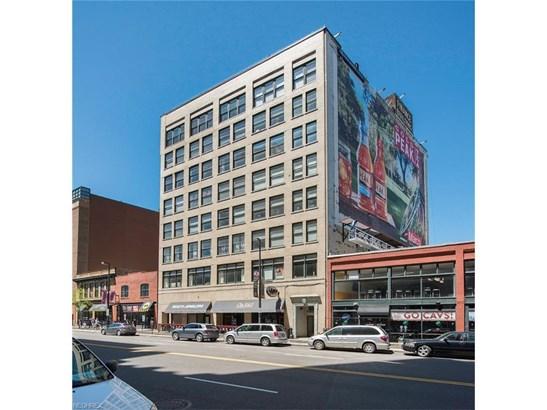 750 Prospect E Ave 801, Cleveland, OH - USA (photo 2)