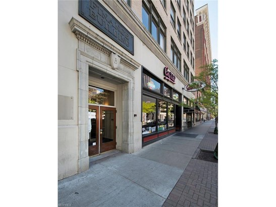 750 Prospect E Ave 801, Cleveland, OH - USA (photo 3)