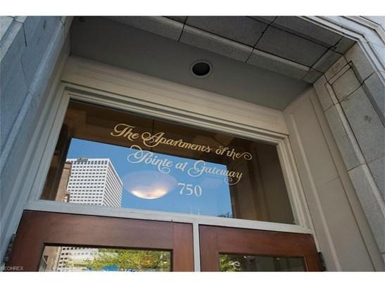 750 Prospect E Ave 801, Cleveland, OH - USA (photo 4)