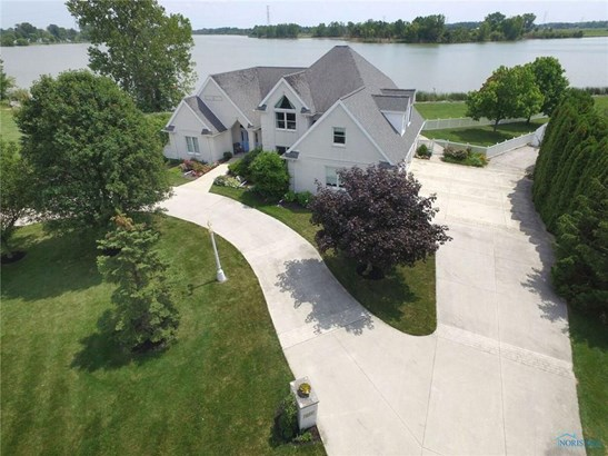 259 S Manor, Oak Harbor, OH - USA (photo 1)