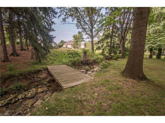 6315 Brookside Rd, Independence, OH - USA (photo 4)