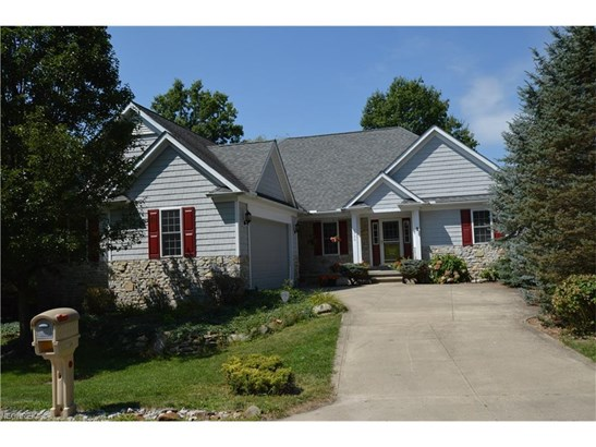 7168 Holzhauer Rd, Sagamore Hills, OH - USA (photo 1)