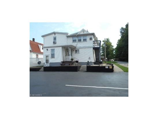 226 Baldwin Ave, Niles, OH - USA (photo 2)