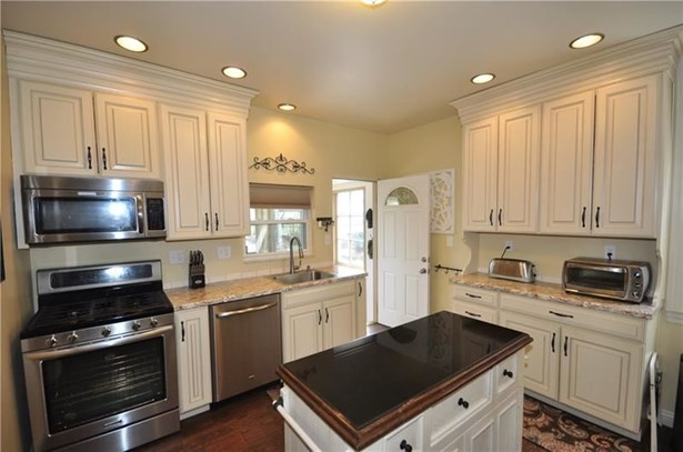 3343 Brownsville, Brentwood, PA - USA (photo 2)