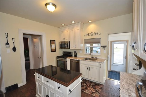 3343 Brownsville, Brentwood, PA - USA (photo 3)