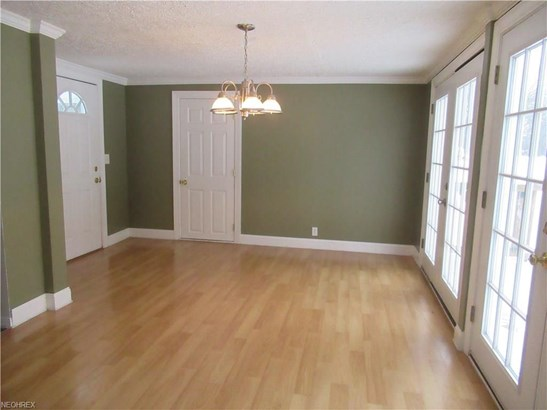 2821 Evelyn Rd, Austintown, OH - USA (photo 2)