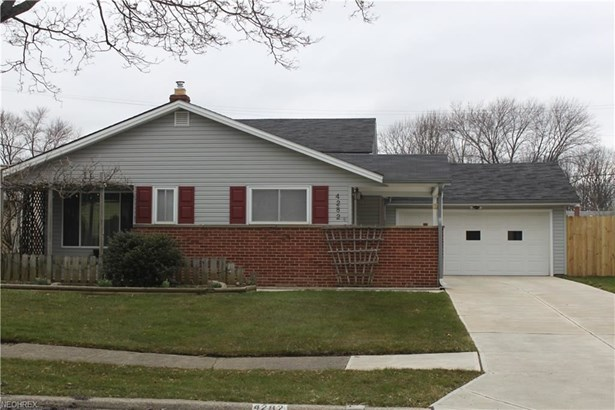 4282 W 180th St, Cleveland, OH - USA (photo 1)