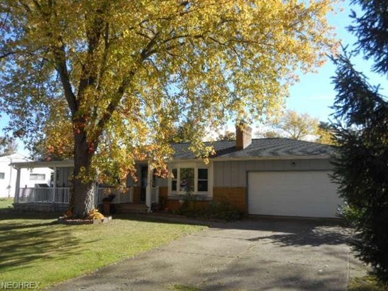 24313 Lantern Dr, Olmsted Falls, OH - USA (photo 5)