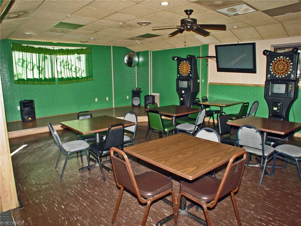 3027 Main St, Weirton, WV - USA (photo 5)