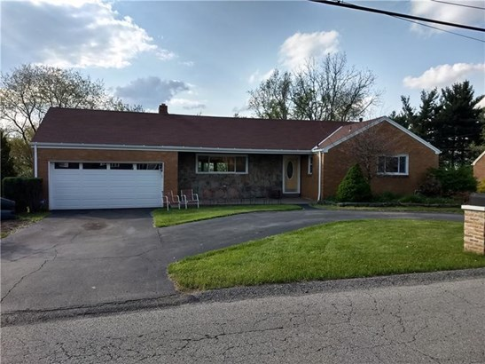 210 Marshall Dr, Mckeesport, PA - USA (photo 1)
