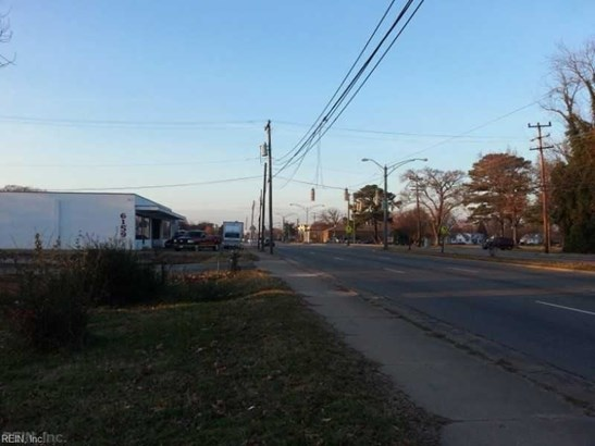 6153 Jefferson Ave, Hampton, VA - USA (photo 5)