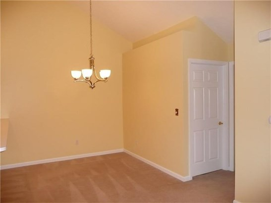 1705 Heather Heights Dr 1705, Crescent, PA - USA (photo 4)