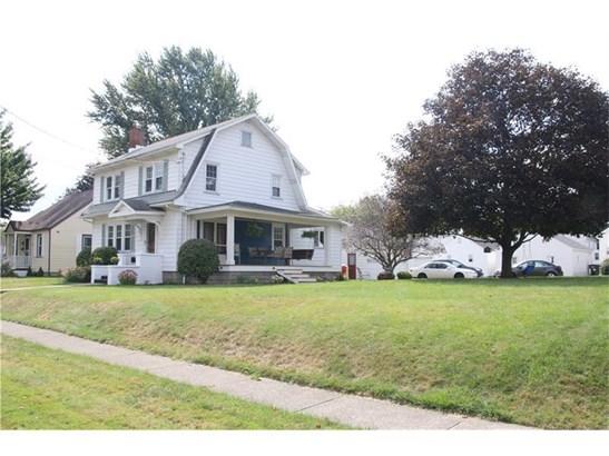 917 Columbia Ave, Grove City, PA - USA (photo 2)