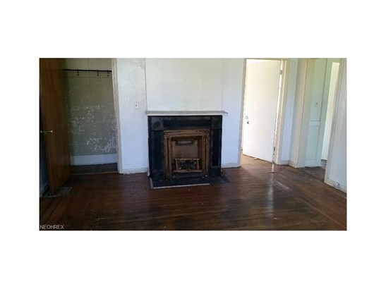 1844 Brightwood Ave, East Cleveland, OH - USA (photo 4)