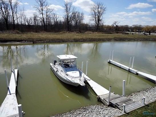 8926 W Canada Goose Court, Oak Harbor, OH - USA (photo 2)