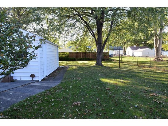 4040 Palm Ave, Lorain, OH - USA (photo 4)