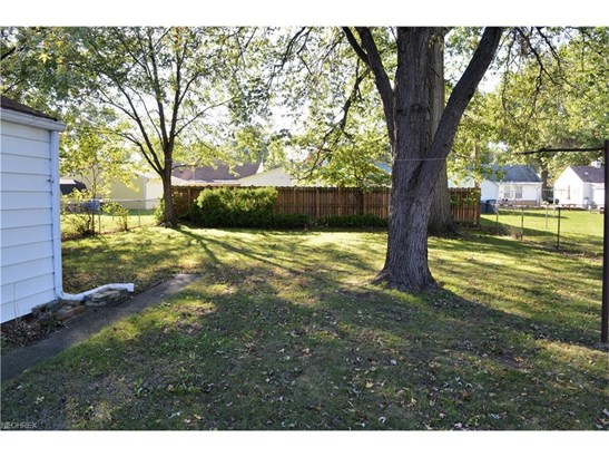 4040 Palm Ave, Lorain, OH - USA (photo 5)