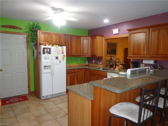 21625 Riviera Dr, Fairview Park, OH - USA (photo 4)