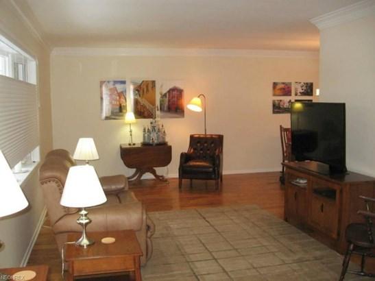 972 Millridge Rd, Highland Heights, OH - USA (photo 2)
