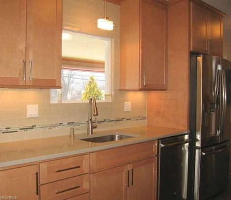972 Millridge Rd, Highland Heights, OH - USA (photo 4)