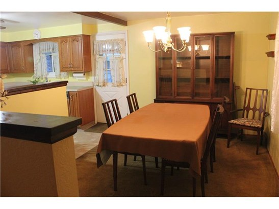 4000 Lyndell Court, Castle Shannon, PA - USA (photo 5)