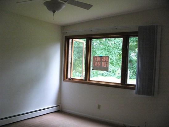 10 None, Ann Arbor, MI - USA (photo 3)