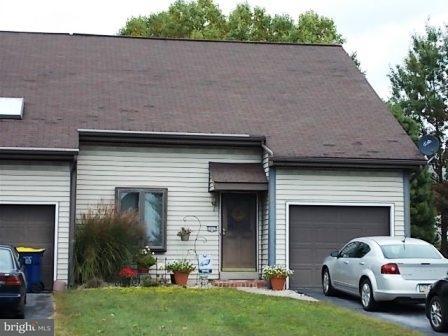 2031 Mountain View Rd, Middletown, PA - USA (photo 1)