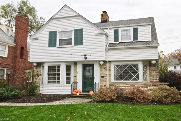 2379 Lalemant Rd, University Heights, OH - USA (photo 1)