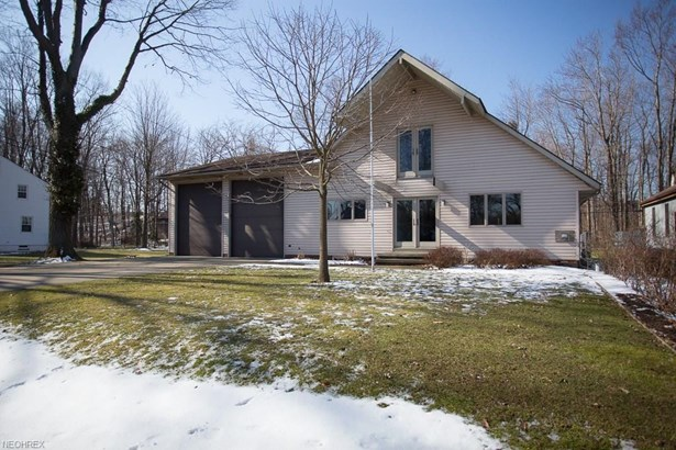 42 Admiral Dr, Eastlake, OH - USA (photo 1)