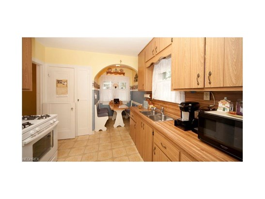 16505 Elsienna Ave, Cleveland, OH - USA (photo 3)
