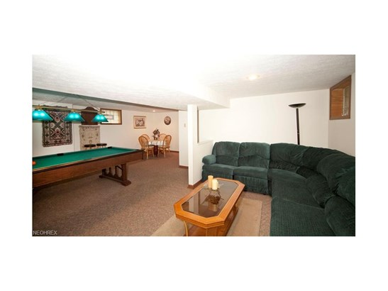 16505 Elsienna Ave, Cleveland, OH - USA (photo 5)